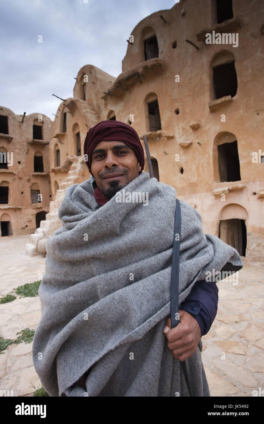 Tunisia, Ksour Area, Ksar Ouled Soltane, middle-aged Tunisian man, R, MR TUN 10 004 Stock Photo