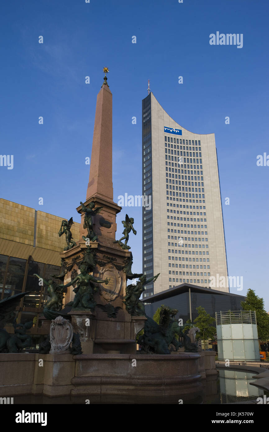 Germany, Sachsen, Leipzig, Mende Brunnen fountain and MDR Hochhaus tower, - Stock Image