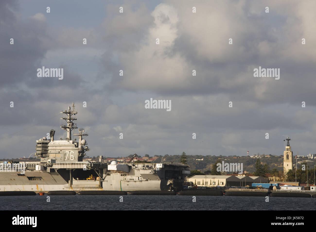 USA, California, San Diego, Aircraft carrier at North Island Naval Base - Stock Image