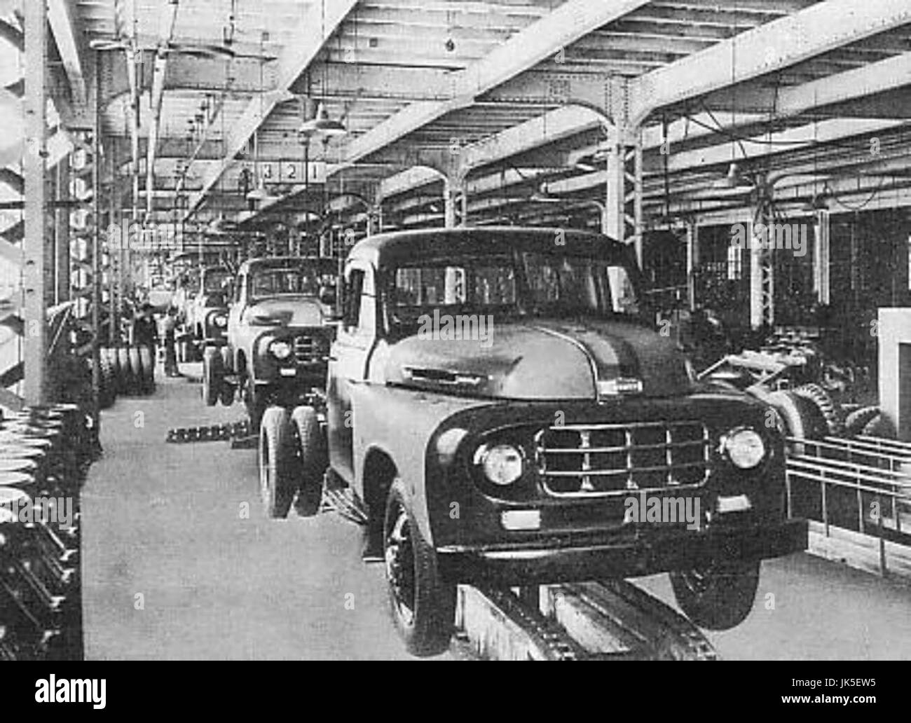 Mass production at a Toyota plant in the 1950s - Stock Image