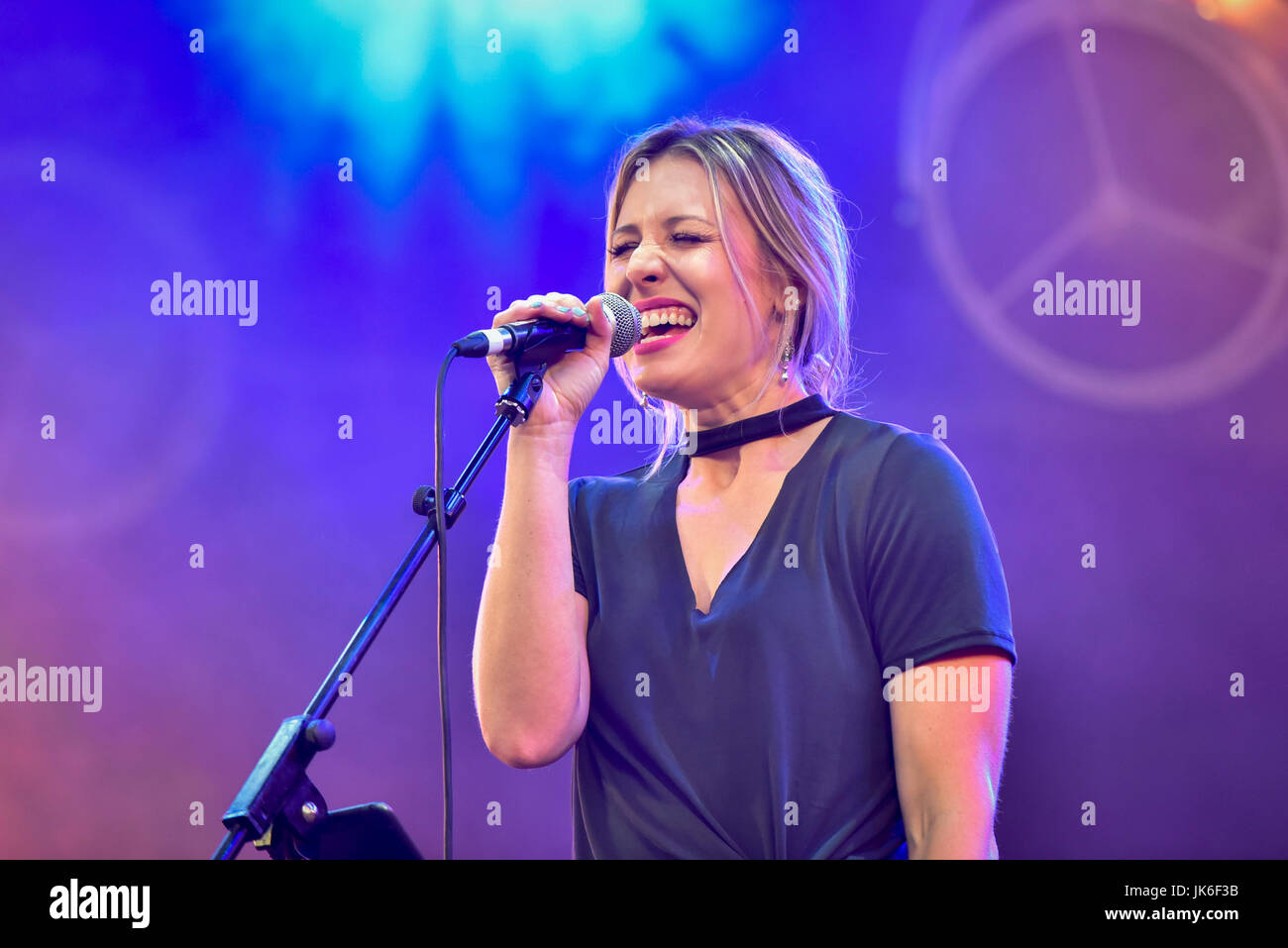 London, UK.  22 July 2017.  Rising star, Jo Smith, from Nashville performs on stage. 'Nashville Meets London', - Stock Image