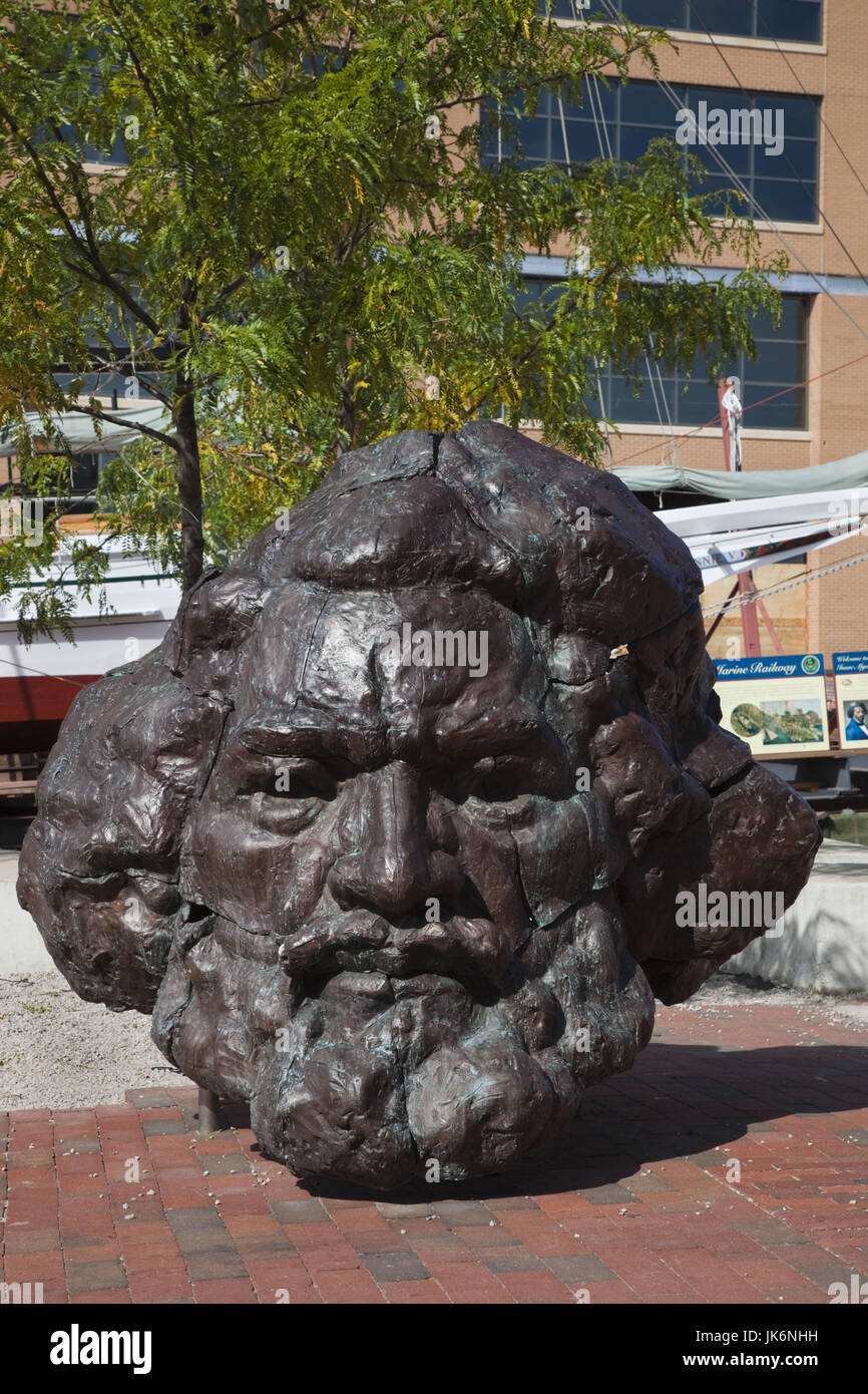 USA, Maryland, Baltimore, Fells Point, Frederick Douglass-Isaac Myers Maritime Park and Museum, bust of Frederick - Stock Image