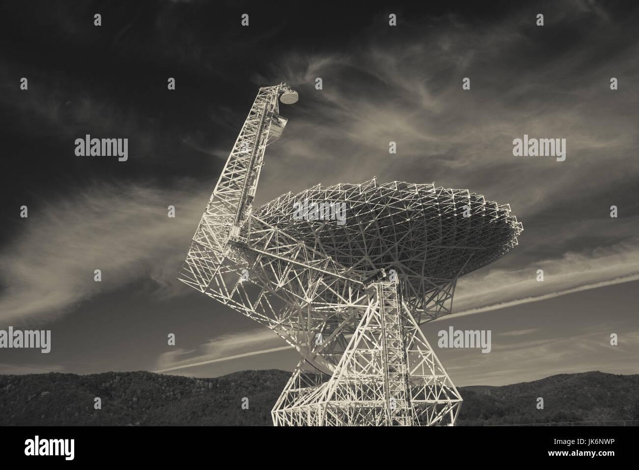USA, West Virginia, Green Bank, National Radio Astronomy Observatory, Robert C. Byrd Green Bank Telescope (GBT), Stock Photo