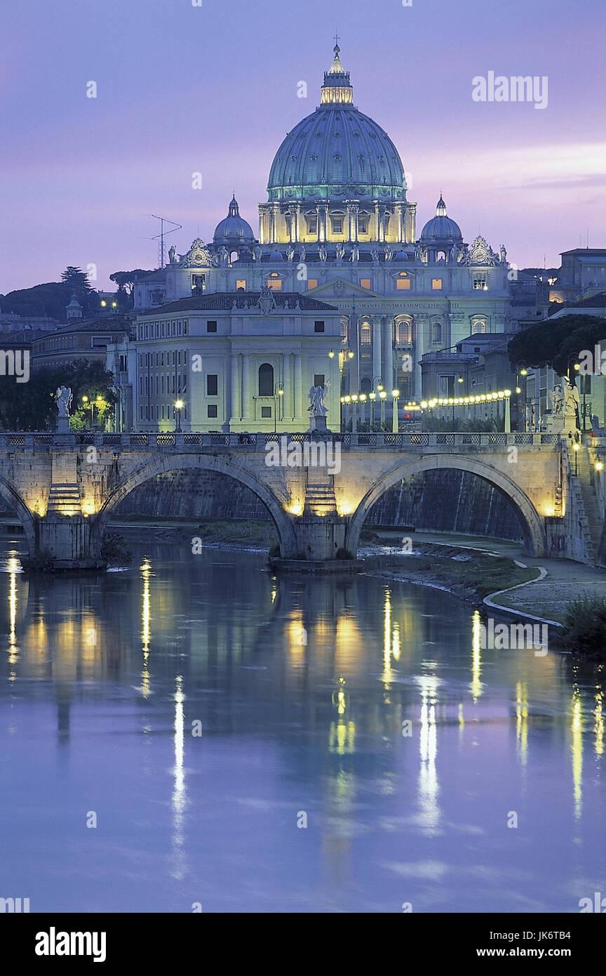 Italien, Rom, Vatikan, Petersdom, Engelsbrücke, Ansicht, Abendstimmung  Stadtansicht, San Pietro di Vaticano, - Stock Image