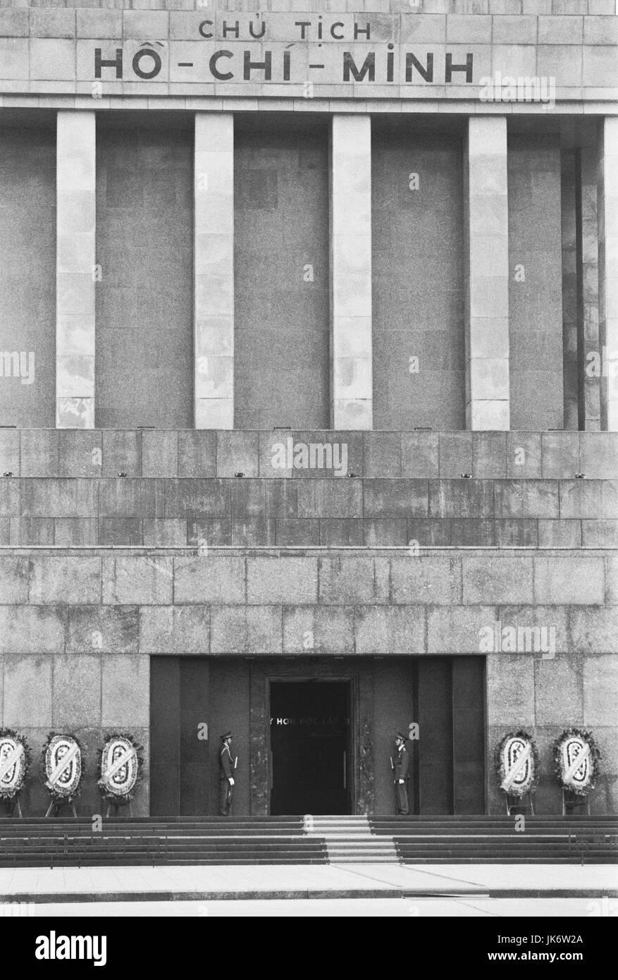 Vietnam, Hanoi, Ho Chi Minh Mausoleum,  s/w  außen, Südostasien, Hinterindien, Tongkingdelta, Hauptstadt, - Stock Image