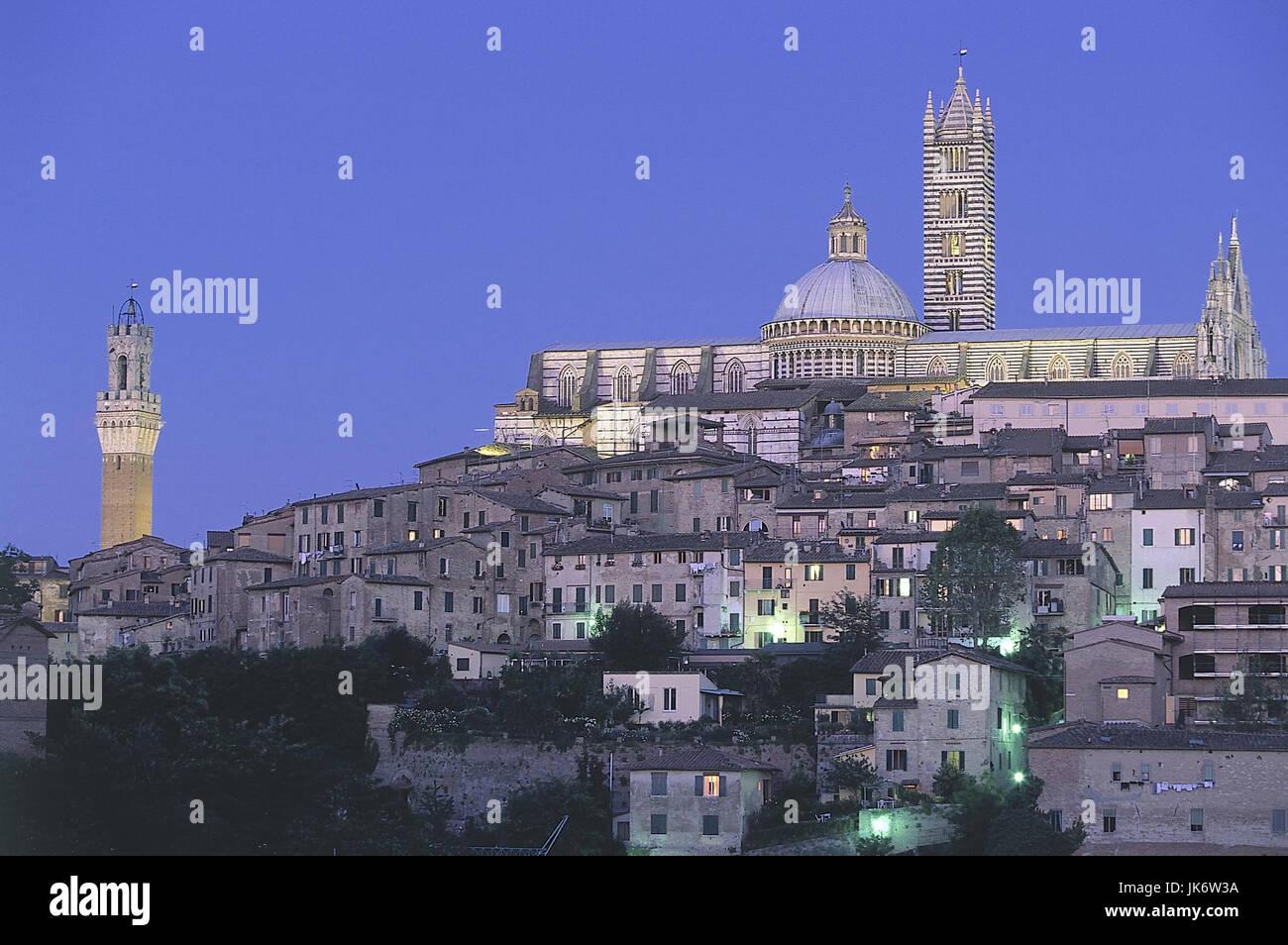 Italien, Toskana, Siena, Stadtansicht, Dom, 14 Jh., Palazzo Pubblico, Dämmerung Europa, Südeuropa, Stadt, - Stock Image