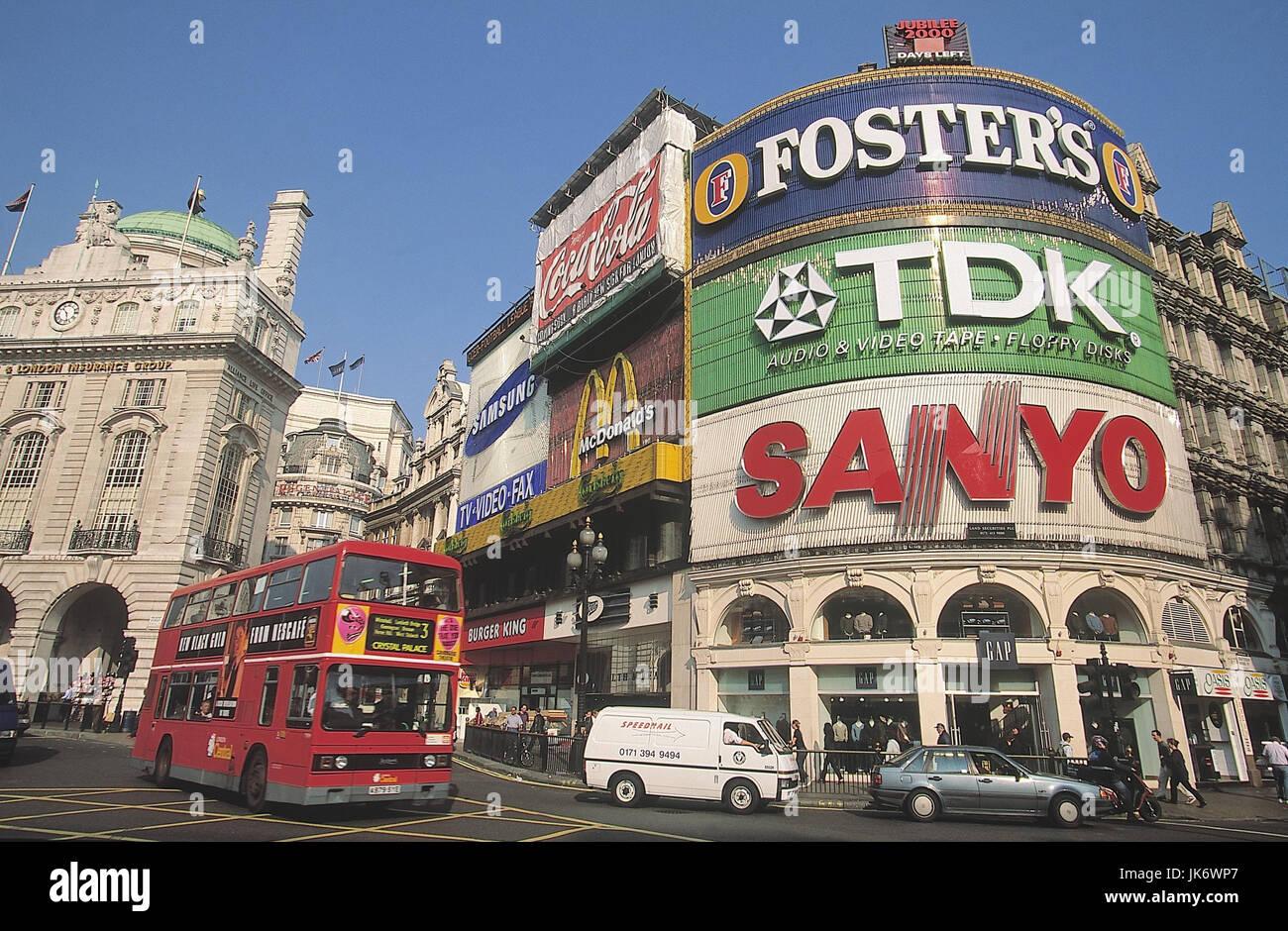 Großbritannien, London, Piccadilly Circus, Straßenszene,  Doppeldeckerbus England, Hauptstadt, Sehenswürdigkeit, - Stock Image