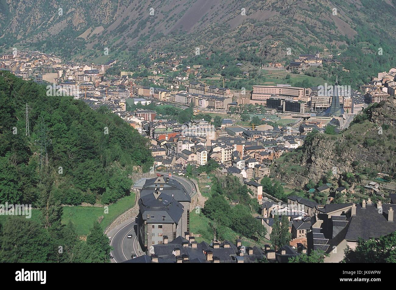 Andorra, Andorra la Vella, Stadtübersicht   Pyrenäen, Kleinstaat, Fürstentum, Tal, Talbecken, Stadt, Hauptstadt, Stock Photo