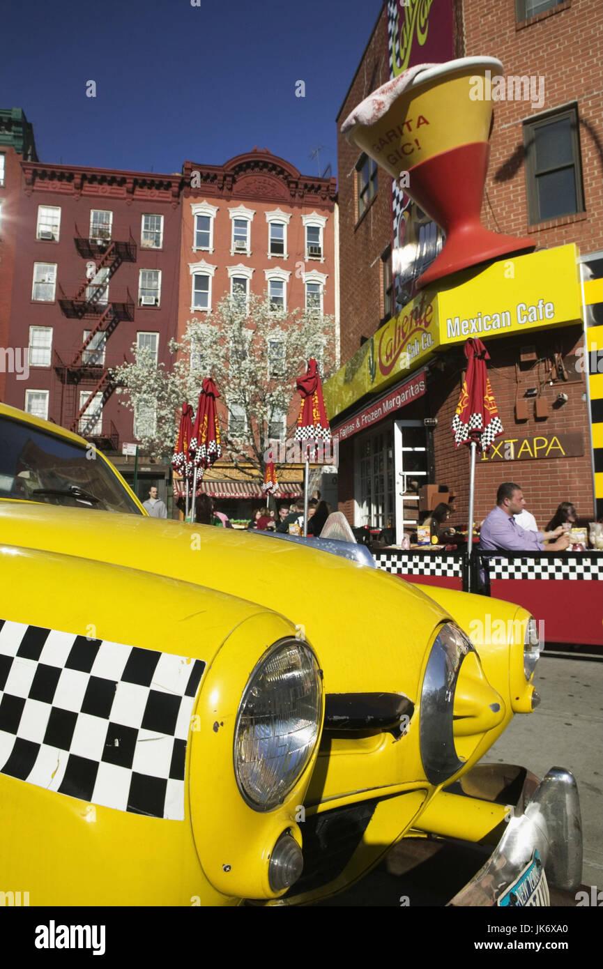 USA, New York City, Manhattan, Greenwich Village, Straßenszene, Taxi, Detail  Amerika, Nordamerika, Großstadt, - Stock Image