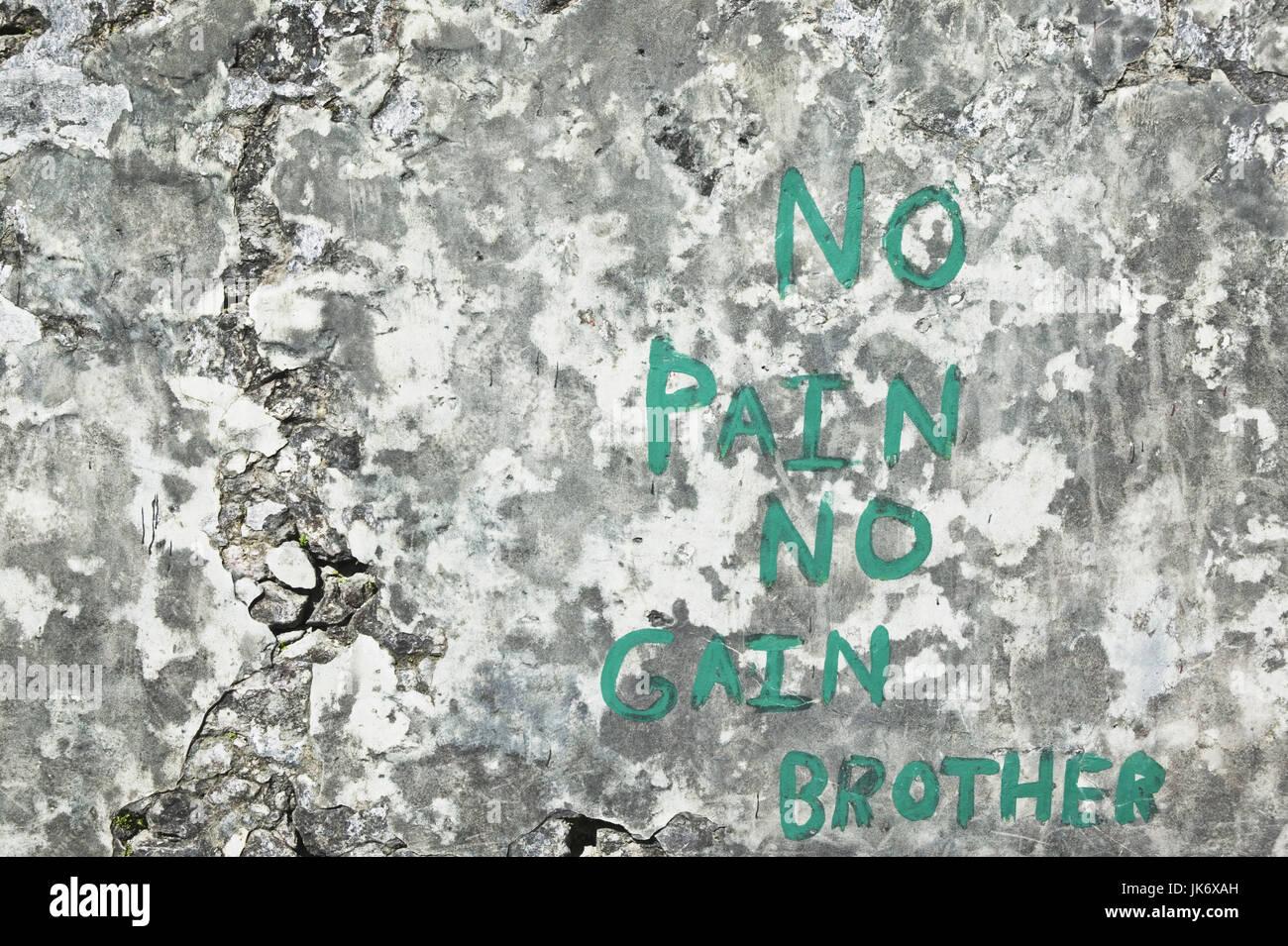 Grenada, St, George's, Fort George, Steinplatte, Memorial, Aufschrift,  'No Pain no Gain, Brother' Karibik, - Stock Image
