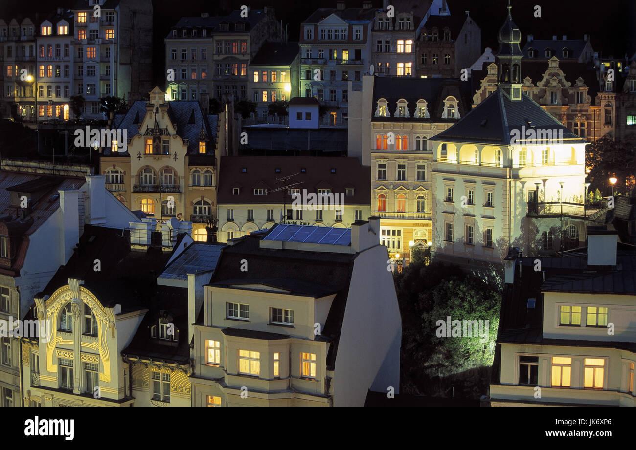 Tschechische Republik, Westböhmen,  Karlovy Vary, Stadtansicht, Abend  Europa, Osteuropa, Tschechien, Ceská - Stock Image