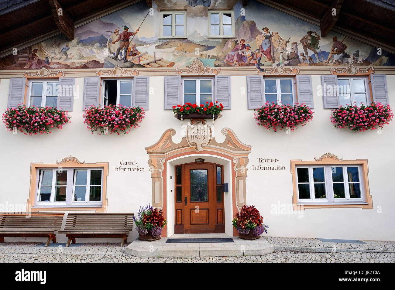 Town hall and tourist information with paintings, Krun, Werdenfelser Land, Bavaria, Germany | Rathaus und Tourist - Stock Image