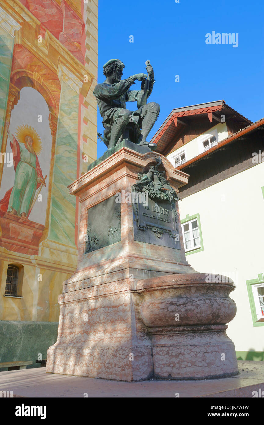 Statue of violin maker Matthias Klotz and paintings at parish church St. Peter and Paul, Mittenwald, Werdenfelser - Stock Image