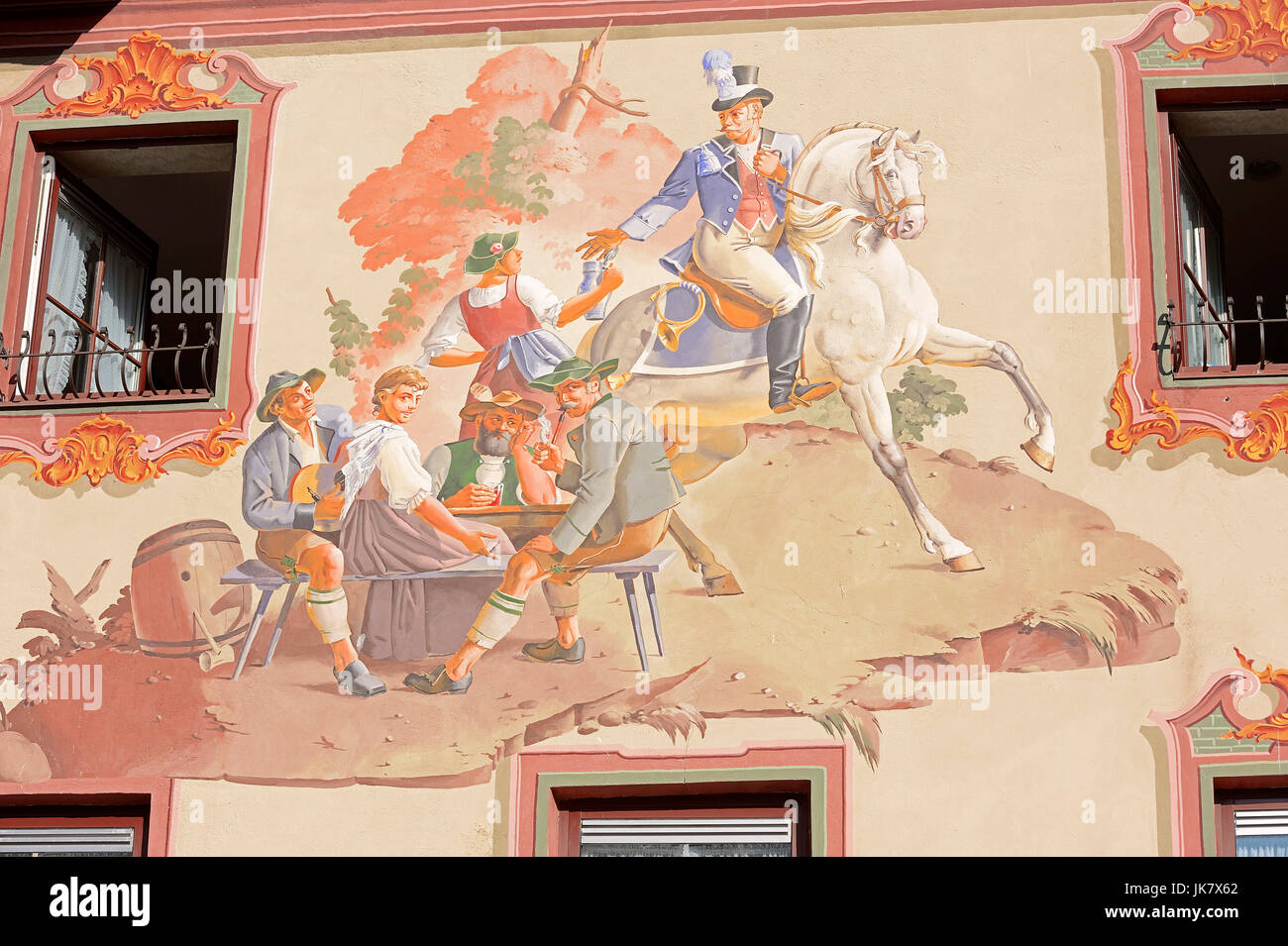 Paintings on restaurant 'Post Hotel', Mittenwald, Werdenfelser Land, Bavaria, Germany | Lueftlmalerei am - Stock Image