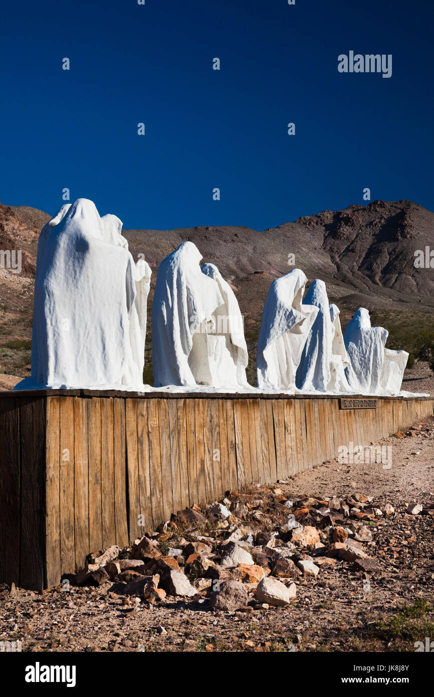 USA, Nevada, Great Basin, Beatty, Rhyolite Ghost Town, Goldwell Open Air Museum, The Last Supper by Albert Szukalski - Stock Image