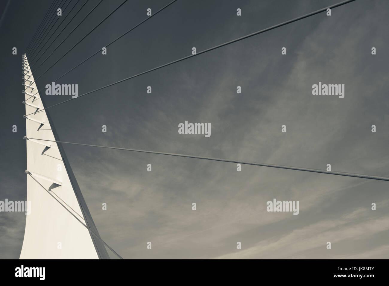 USA, California, Northern California, Northern Mountains, Redding, Turtle Bay Park, Sundial Bridge, Santiago Calatrava, - Stock Image