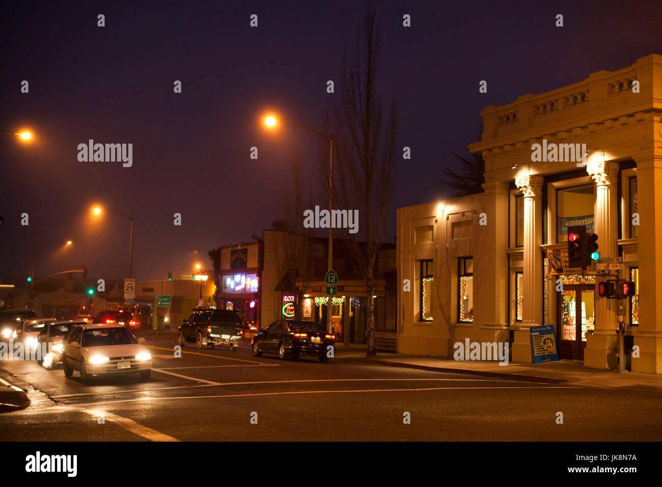 USA, California, Northern California, Russian River Wine Country, Sebastopol, downtown in fog, evening - Stock Image