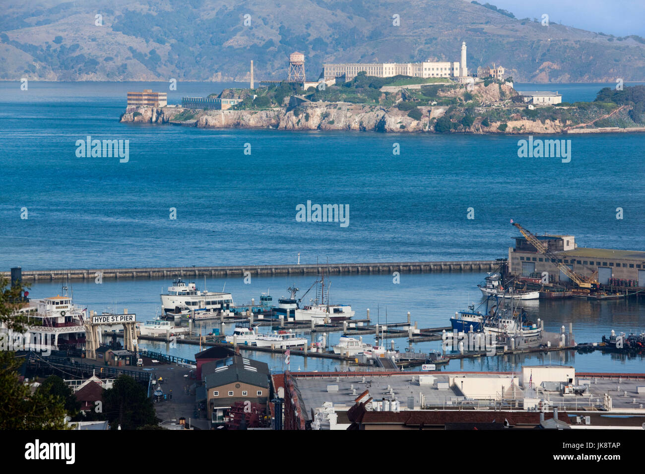 USA, California, San Francisco, Embarcadero, elevated view of Alcatraz Island from Hyde Street - Stock Image