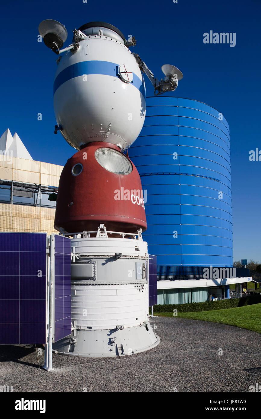 France, Midi-Pyrenees Region, Haute-Garonne Department, Toulouse, Cite de l'Espace space park, Russian Soyuz - Stock Image