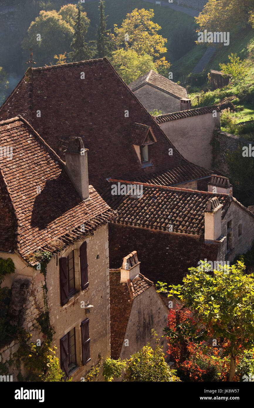 France, Midi-Pyrenees Region, Lot Department, St-Cirq-Lapopie, town detail - Stock Image