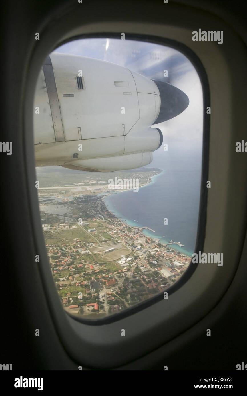 Bonaire, Kralendijk, Luftaufnahme, Blick Flugzeugfenster Stock Photo ...