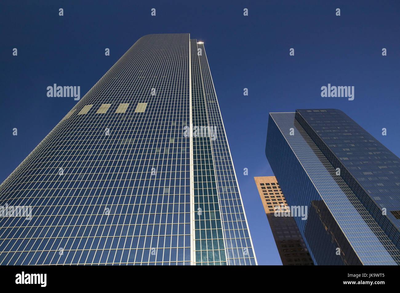 USA, Kalifornien, Los Angeles, Downtown,  California Plaza, Wolkenkratzer, von unten,  Himmel,  Stadt, Großstadt, - Stock Image