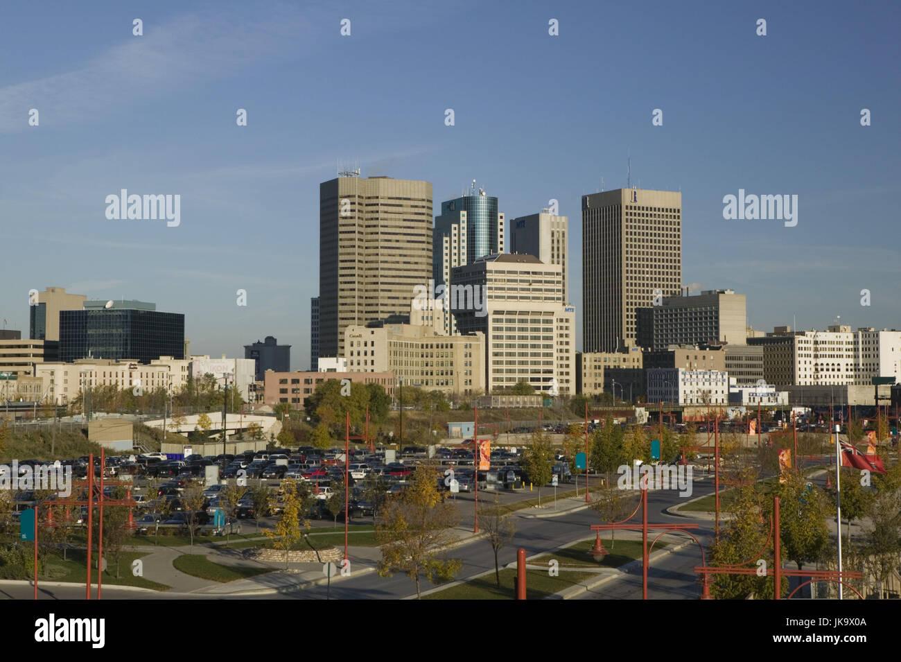 Kanada, Manitoba, Winnipeg, Wolkenkratzer, Abendstimmung - Stock Image