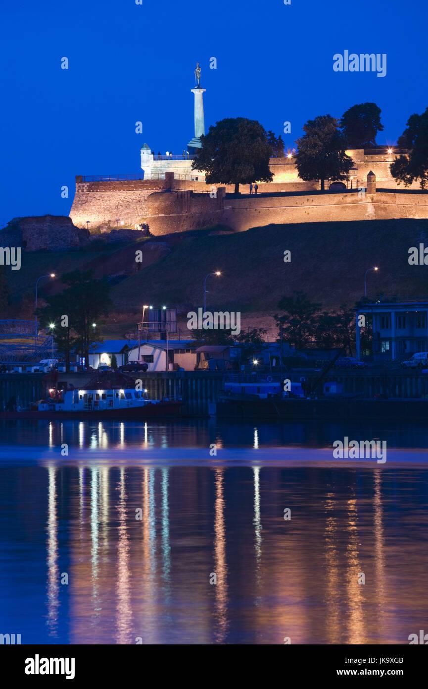 Serbien, Belgrad, Festung Kalemegdan, Abend, - Stock Image
