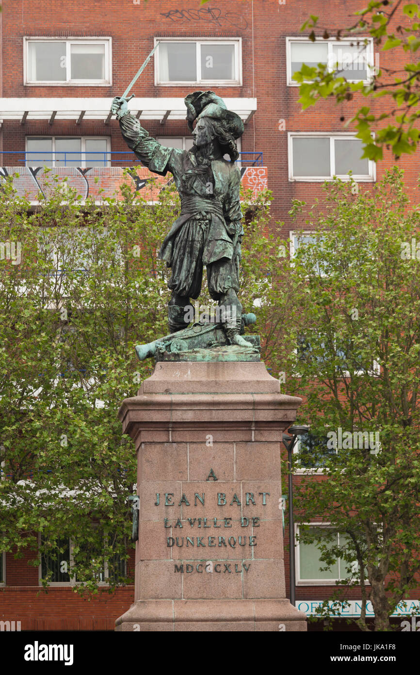 France, Nord-Pas de Calais Region, Nord Department, French Flanders Area, Dunkerque, statue of privateer Jean Bart - Stock Image
