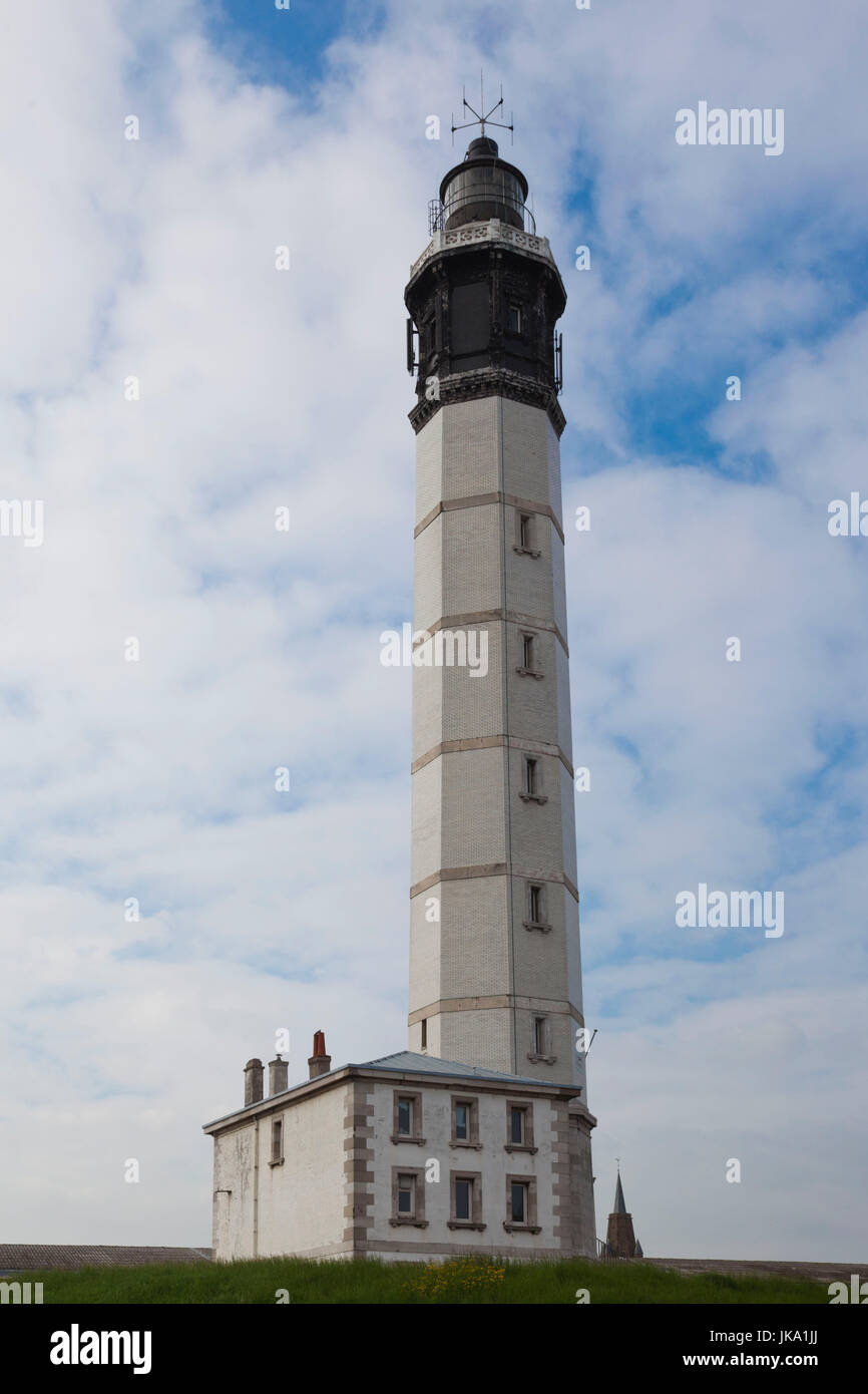 France, Nord-Pas de Calais Region, Pas de Calais Department, Calais, lighthouse, exterior - Stock Image