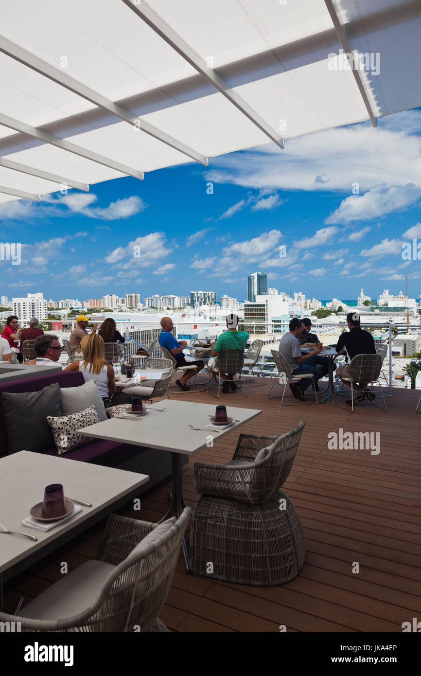 USA, Miami Beach, South Beach, Lincoln Road, penthouse dining at the Juvia Restaurant, NR - Stock Image