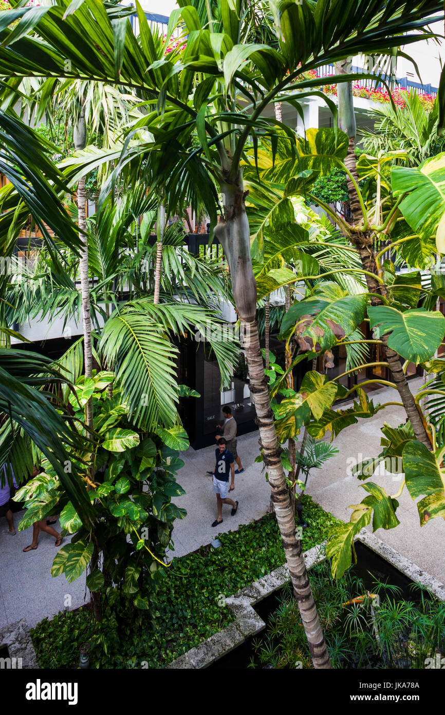 USA, Florida, Miami-area, Bal Harbour, Bal Harbour Shops luxury mall - Stock Image