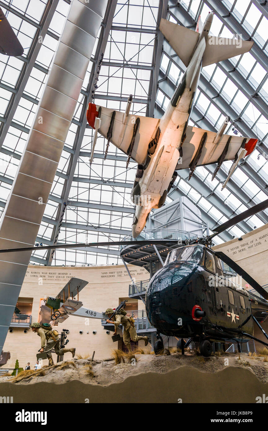 USA, Virginia, Triangle, National Museum of the Marine Corps, diorama with Sikorsky helicopter and Harrier VTOL Stock Photo