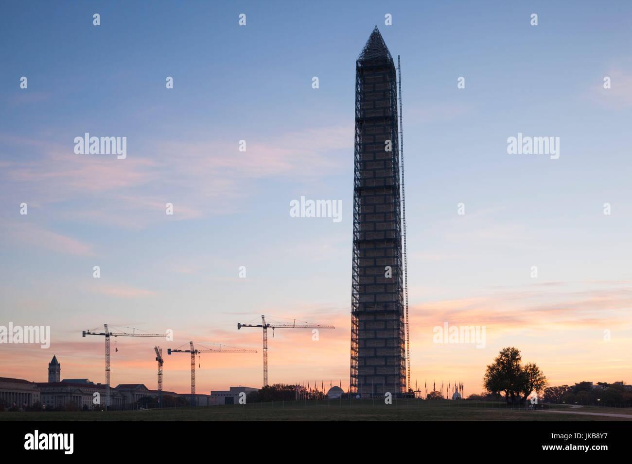 USA, Washington DC, Washington Monument, dawn - Stock Image
