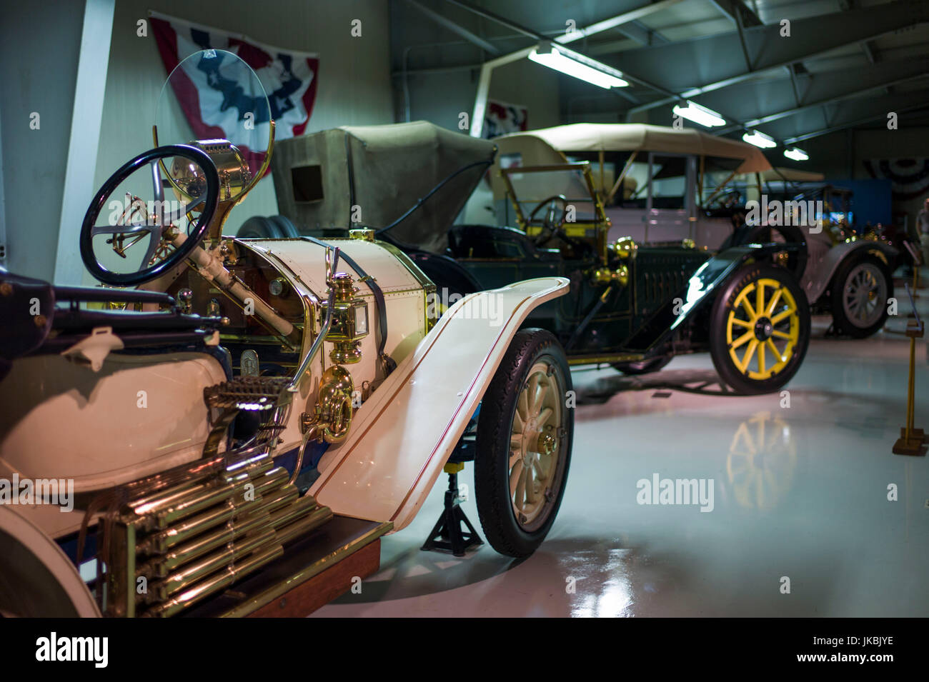 USA, Maine, Mt. Desert Island, Seal Cove, Seal Cove Auto Museum, 1910 Stoddard-Dayton - Stock Image