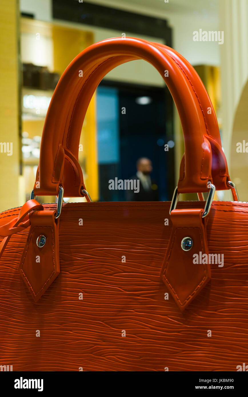 England, London, Soho, Oxford Street, oversize leather handbag in shop window - Stock Image