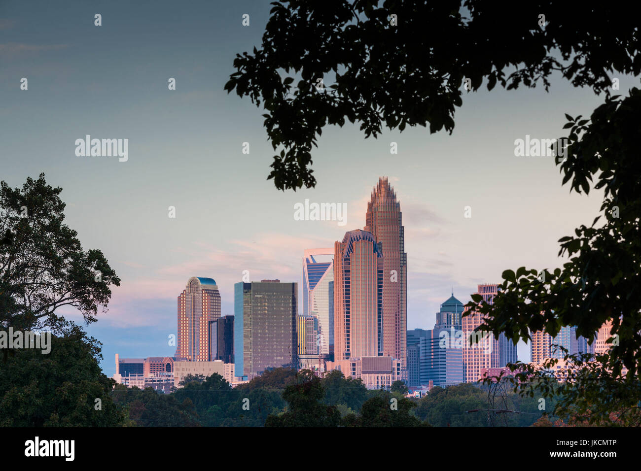 USA, North Carolina, Charlotte, elevated view of the city skyline from the northeast, dawn - Stock Image