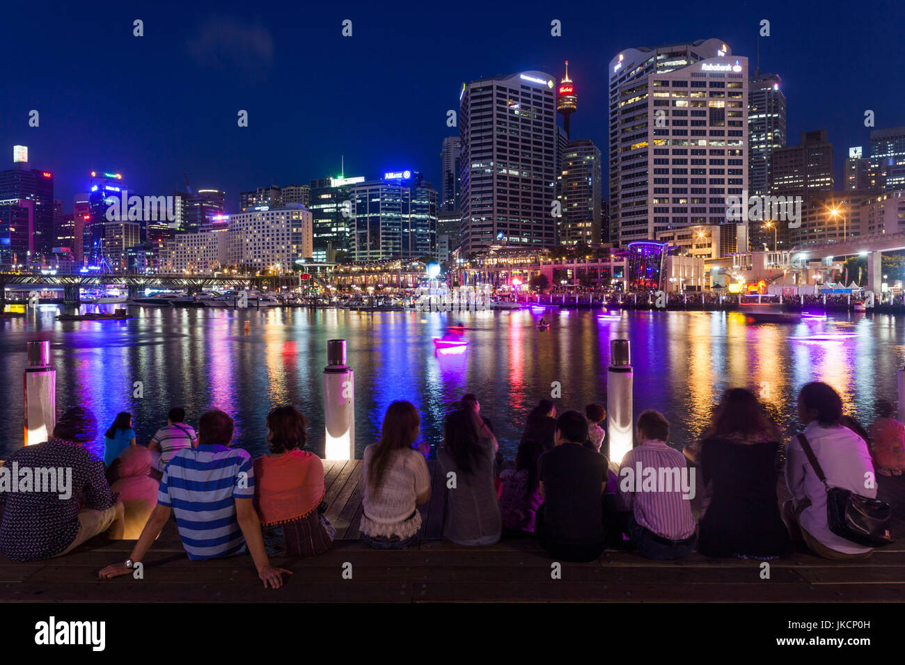 Australia, New South Wales, NSW, Sydney, Darling Harbour, evening, crowds - Stock Image