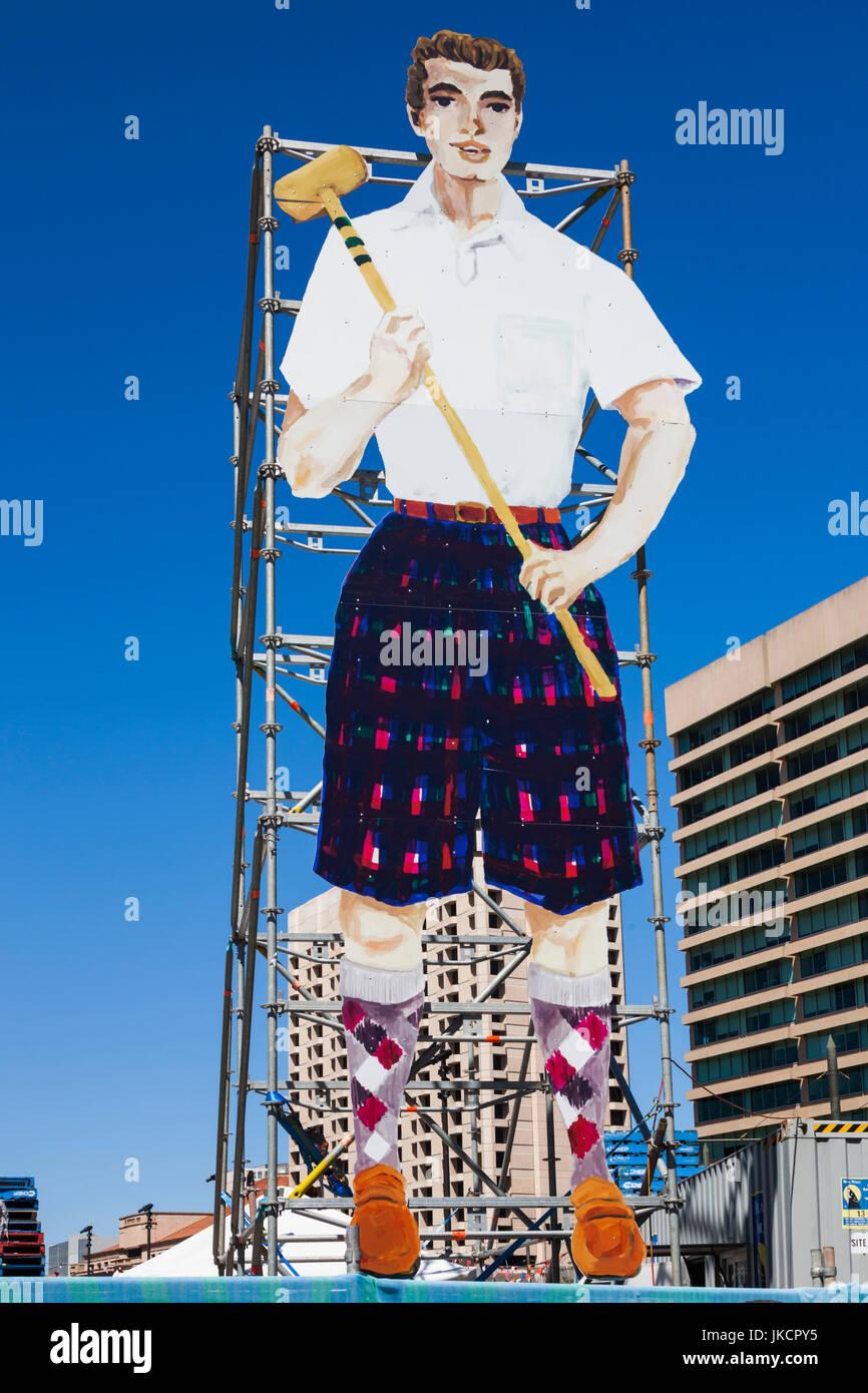 Billboard dating Adelaide Arielle Kebbel dating show
