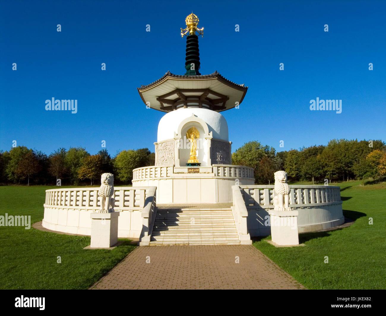 Milton Keynes Peace Pagoda - Stock Image