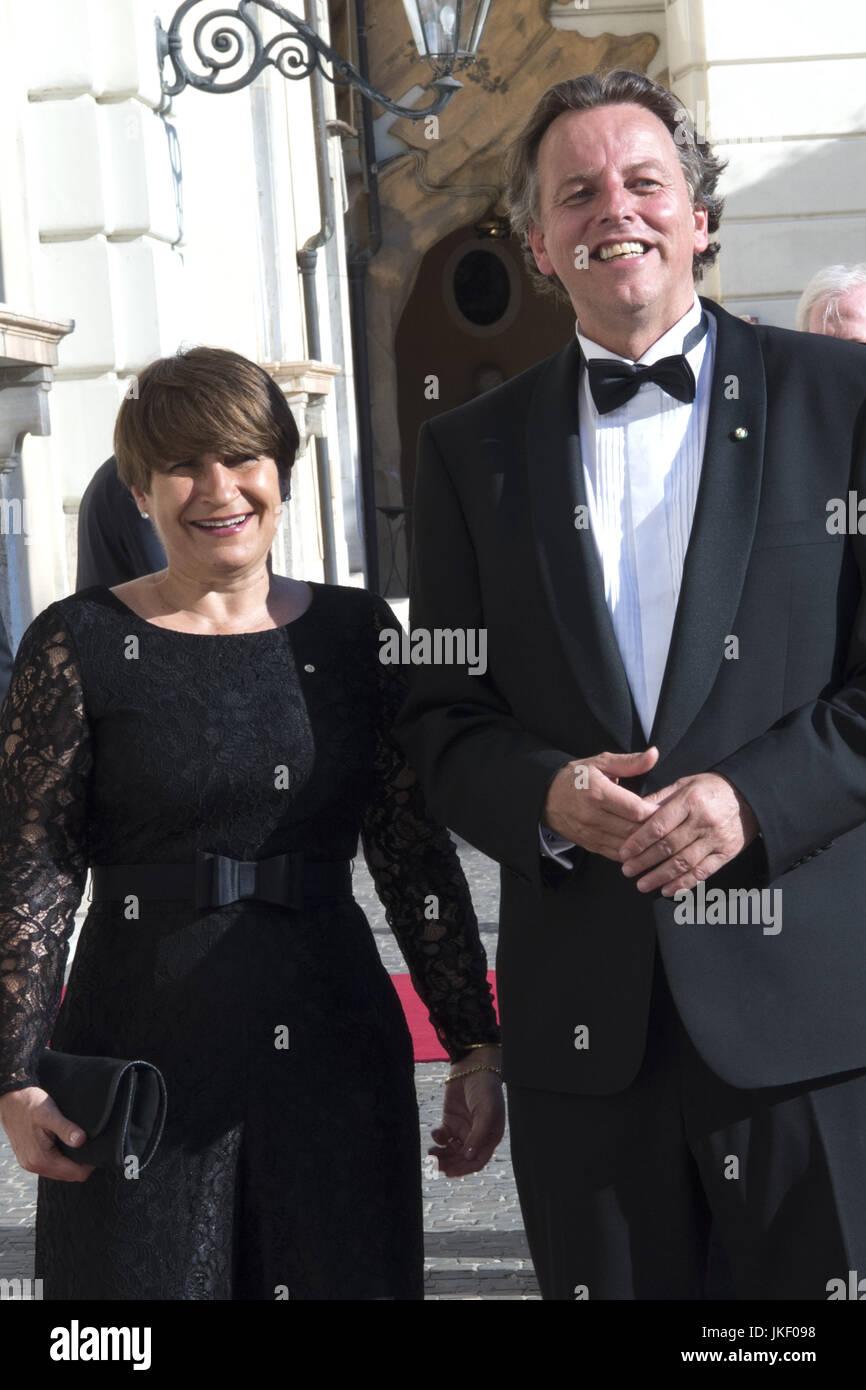 Staatsbezoek van Koning en Koningin aan de Republiek Italie - dag 2 - Contraprestatie /// State visit of King and - Stock Image