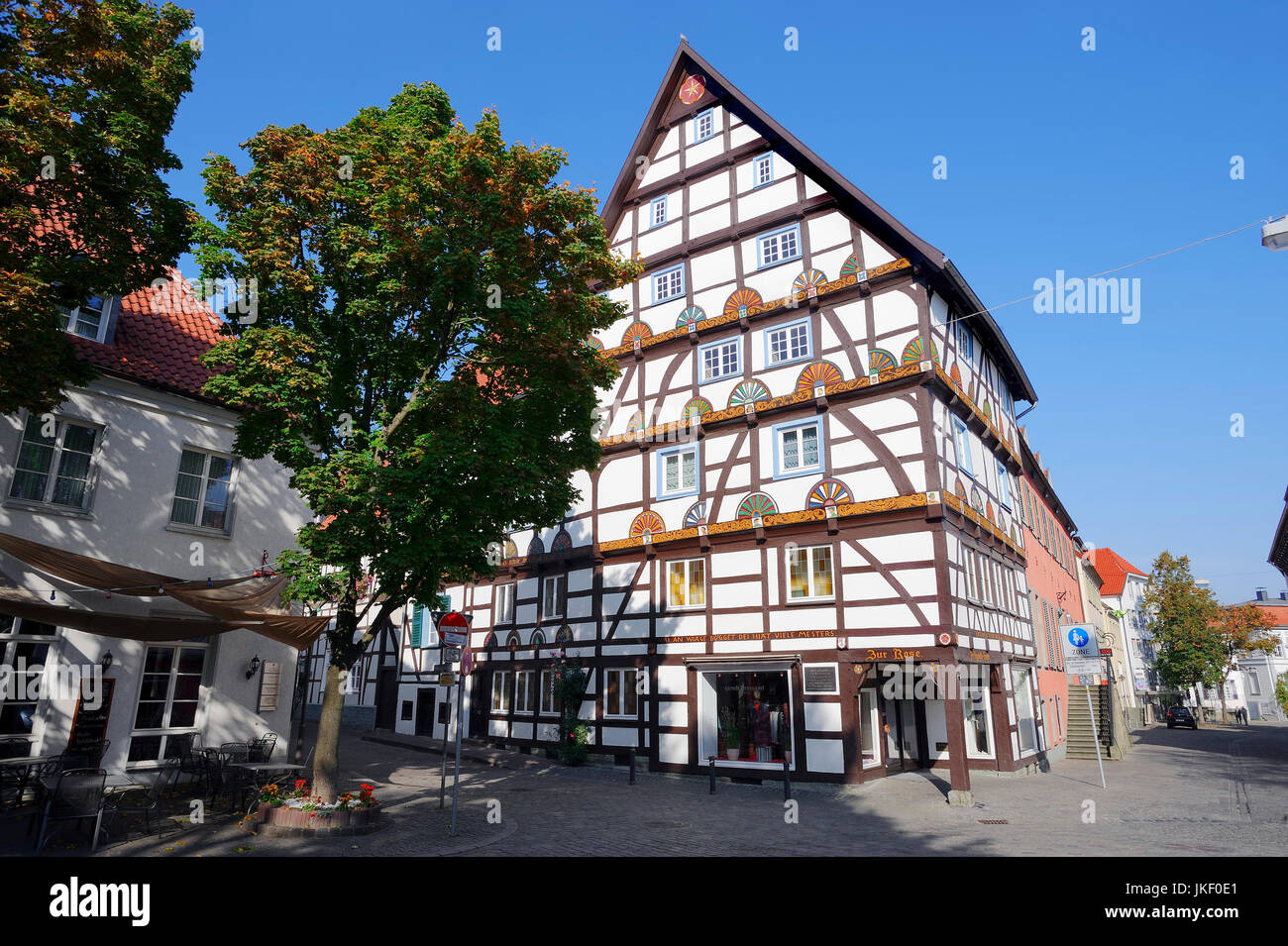 Timber-framed house 'Haus zur Rose', Soest, North Rhine-Westphalia, Germany | Fachwerkhaus 'Haus zur - Stock Image