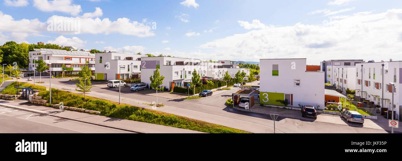 Deutschland, Baden-Württemberg, Waiblingen, Solarsiedlung Rötepark, Mehrfamilien- und Einfamilienhäuser, Photovoltaikanlage, Stock Photo