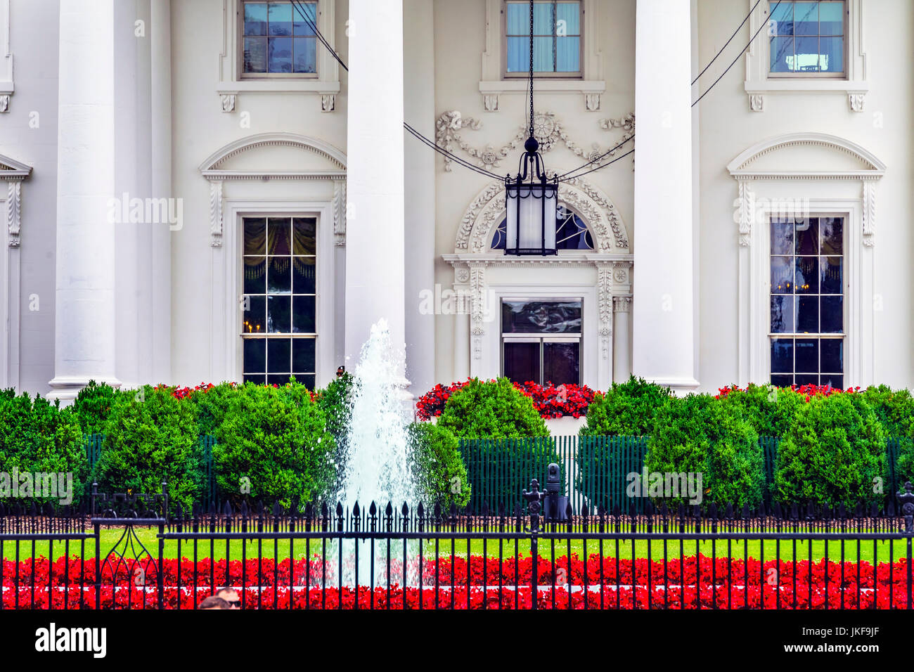 White House Door Red Flowers Chandelier Fountain Pennsylvania Ave ...