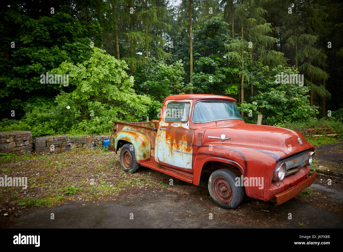 Old american classic cars in need of restoration for sale near Stock ...