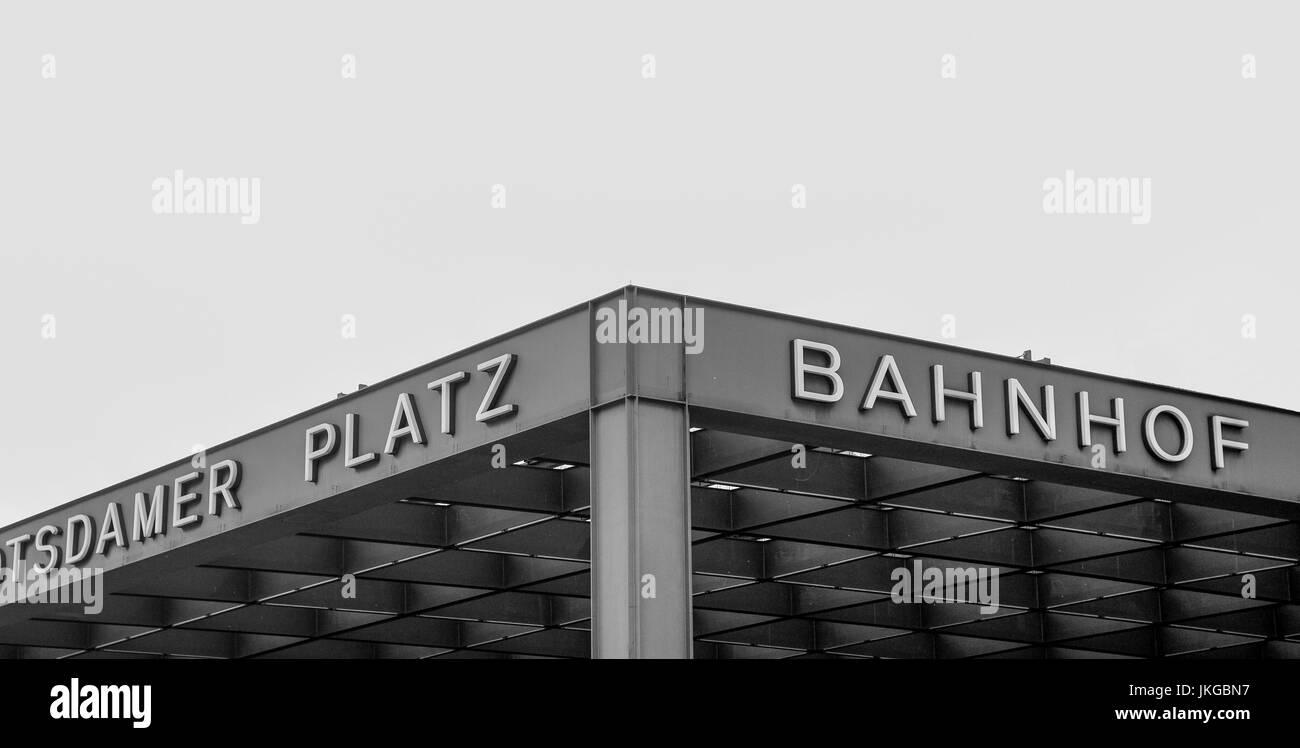 BERLIN-SEPTEMBER 26: Modern architecture of the main entrance of the Potsdamer Platz railway station, Berlin,Germany,on - Stock Image
