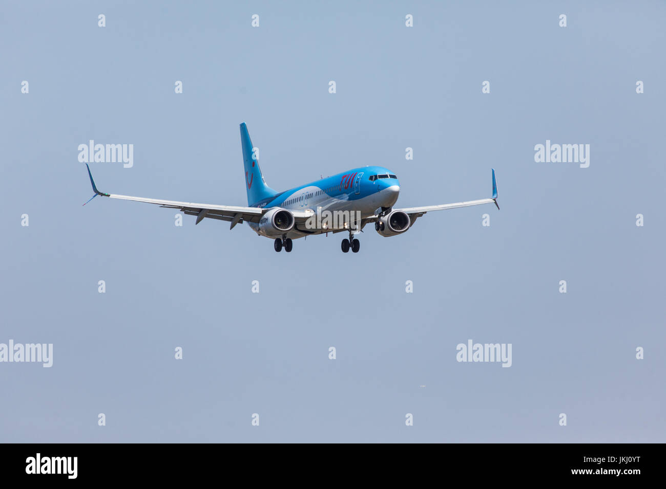FARO, PORTUGAL - Juny 18, 2017 : Tui Flights aeroplane landing on Faro International Airport. Airport - Stock Image