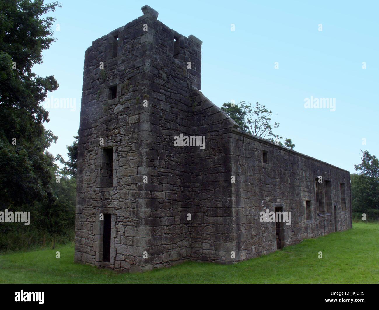 CASTLE SEMPLE COLLEGIATE CHURCH and  Lord Sempill's tomb, Lochwinnoch Stock Photo