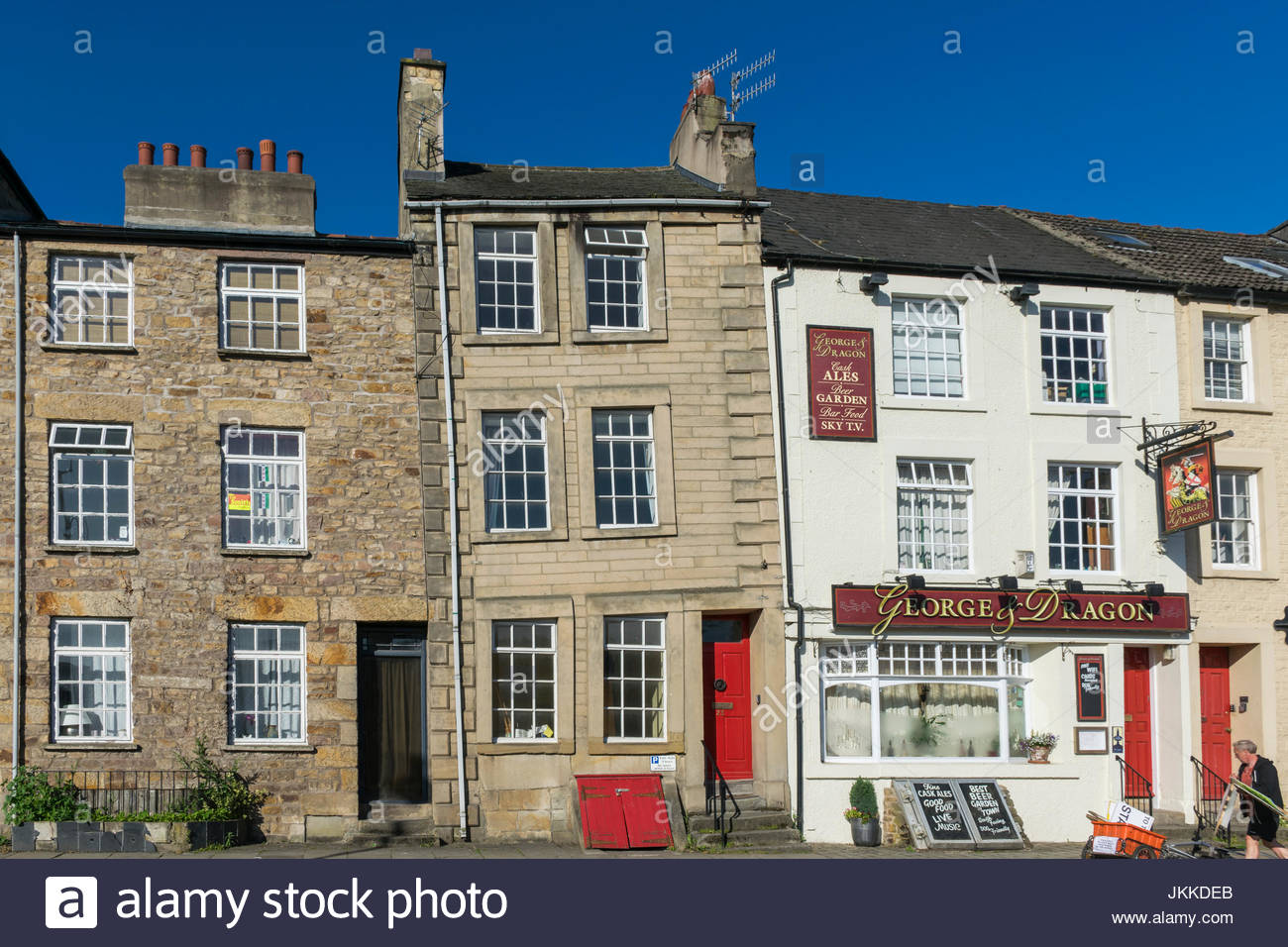 23 St Georges Quay, Lancaster, England, a Grade 2 listed building which has suffered from severe subsidence in its - Stock Image
