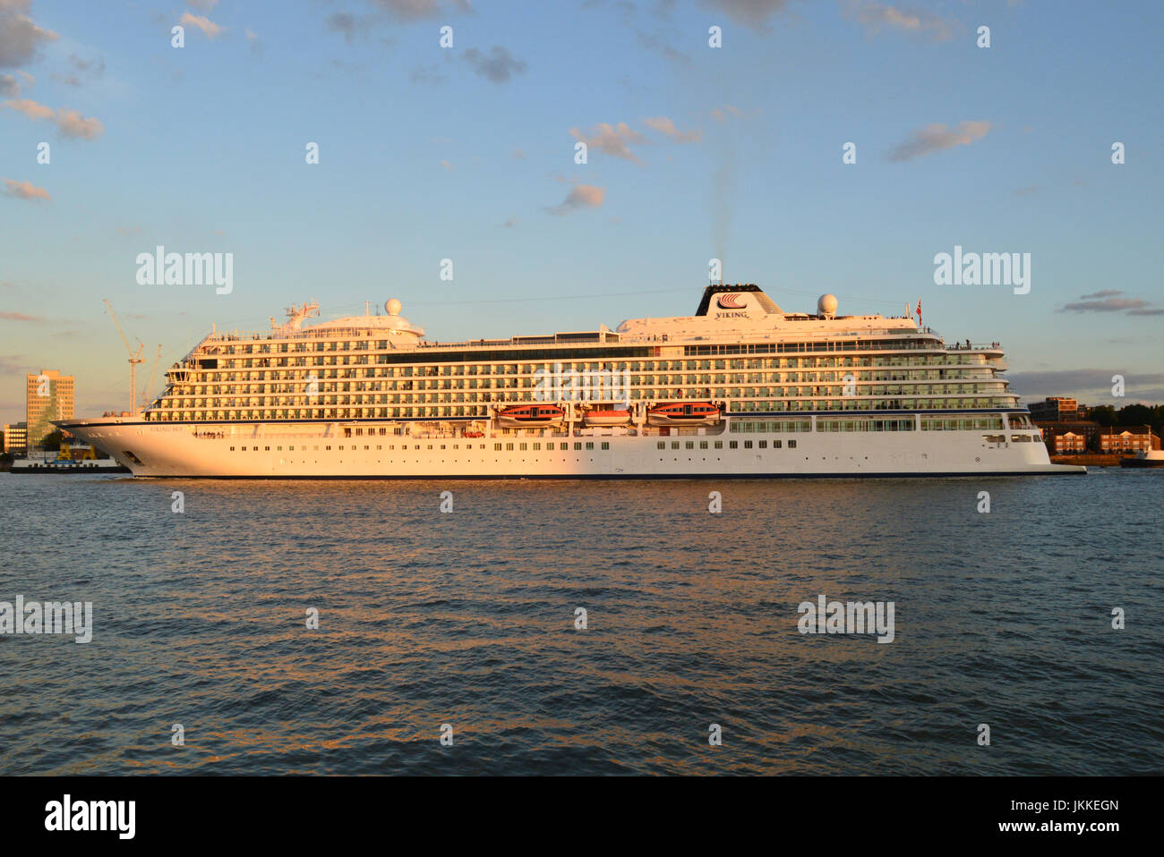 Cruise Ship Viking Sky heads down the Thames - Stock Image